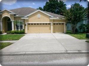 image of house with clean driveway