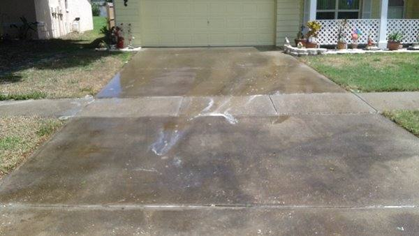 Pressure washing holiday driveways plus pressure washing llc for Driveway cleaning companies